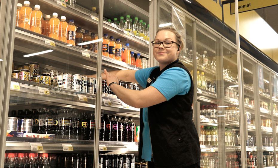S-market ei enää myy energiajuomia alle 15-vuotiaille – K-supermarketissa rajoitus on ollut vuosia